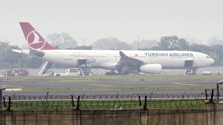 Авиасообщение с Турцией могут возобновить в июле