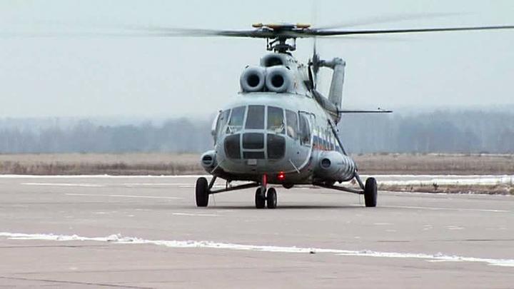Вертолет Ми-8 совершил аварийную посадку в отдаленном чукотском селе