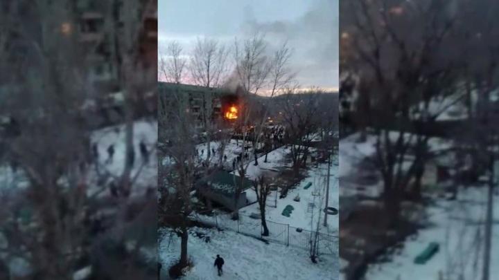 Мощный взрыв прогремел в жилом доме в Магнитогорске