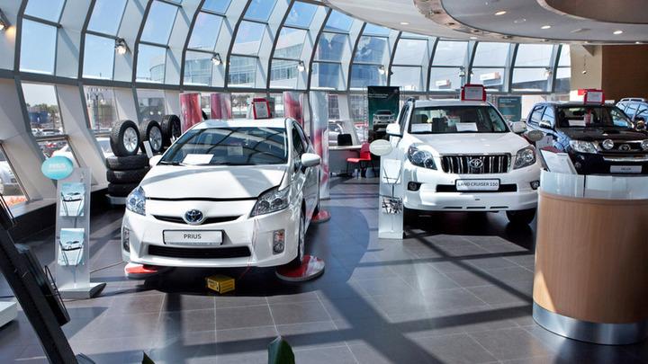 Прогноз по росту продаж легковых авто в России улучшен до 9,8%