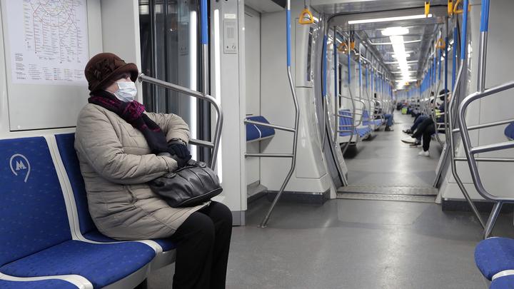 """На станции метро """"Кунцевская"""" человек упал под поезд"""