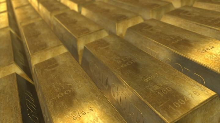 Золото достигло рекордной цены за всю историю