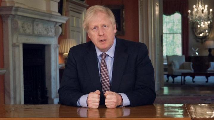 Борис Джонсон осудил действия участников акции протеста в Бристоле