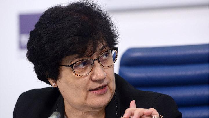 Представитель ВОЗ в РФ сделала инъекцию российской вакциной от коронавируса