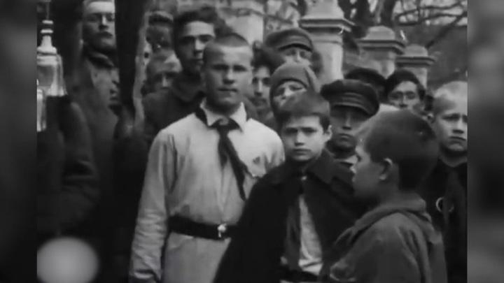 """День пионерии, указ о названии улиц и """"Русские сезоны"""" в Париже"""