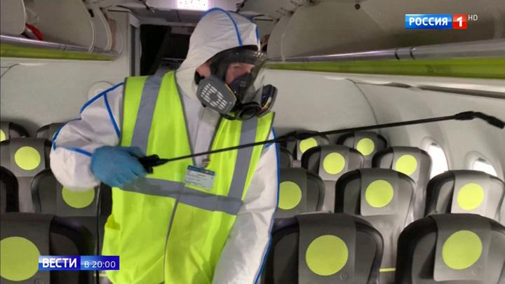 Без масок и перчаток на борт не пустят: авиакомпании ввели новые правила