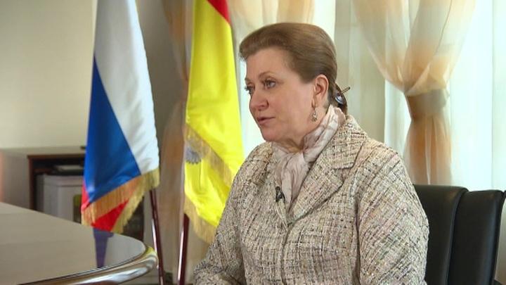 Анна Попова: российская вакцина от коронавируса будет готова к середине сентября
