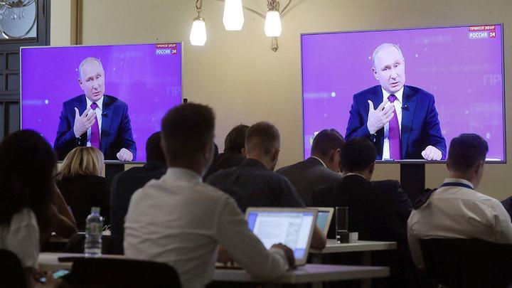"""Песков: """"Прямая линия"""" с Путиным готовится"""
