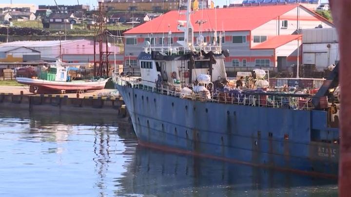 На Сахалине изолировали рыболовное судно из-за обнаруженного коронавируса