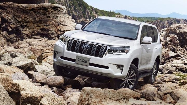 Toyota назвала сроки выхода нового Land Cruiser Prado