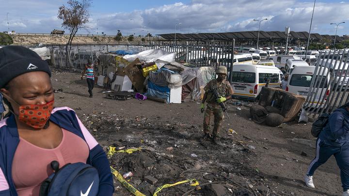 Французская прокуратура возбудила дело о зверском убийстве восьмерых туристов в Африке