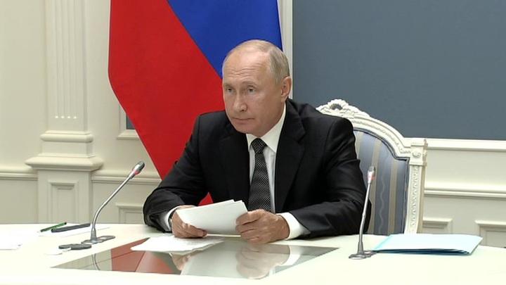 Путин становится специалистом в любой проблемной отрасли, отбрасывая эмоции
