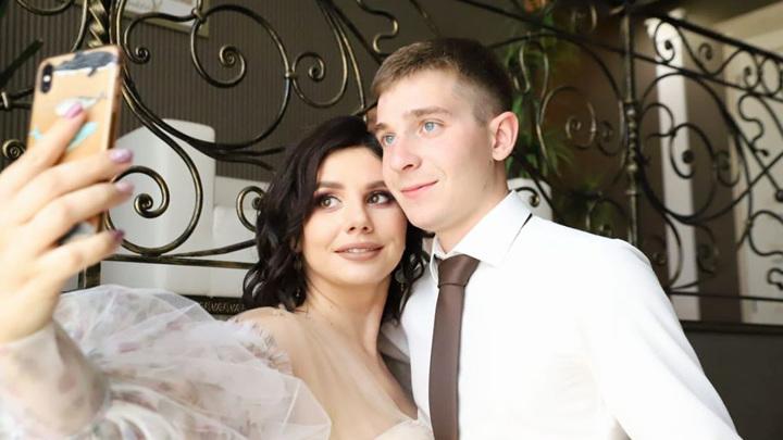 Балмашева вышла замуж за пасынка, от которого забеременела