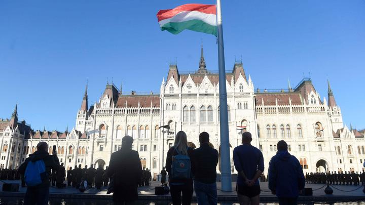Посол Украины в Венгрии вызван в МИД после угроз Киева