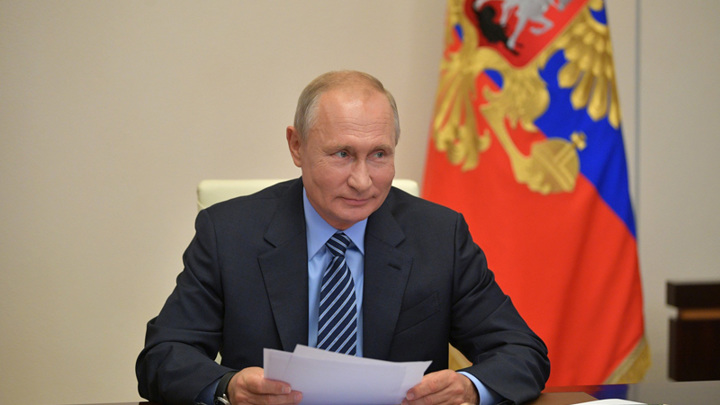 Владимир Путин поздравил ВГТРК с 30-летием