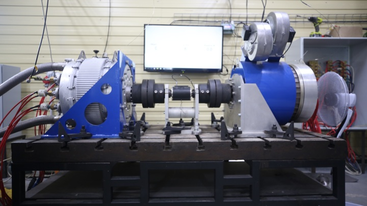 Новый электродвигатель использует сверхпроводящее состояние вещества для эффективной работы.