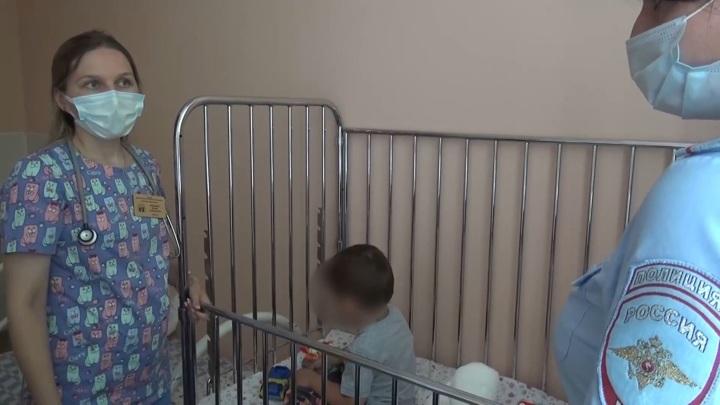 Избивавшего двухлетнего пасынка отчима взяли под стражу