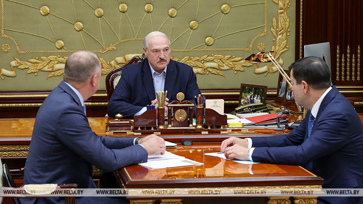 """Лукашенко высказался о массовом задержании россиян и """"Газпроме"""""""