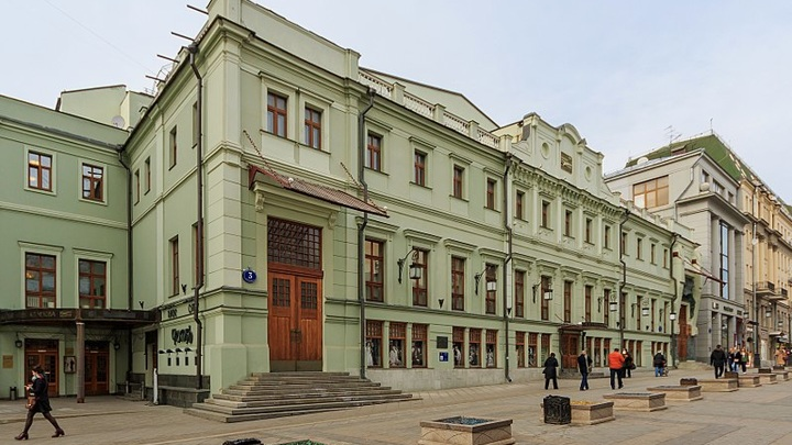 Артисты театра МХТ имени Чехова получат памятные награды