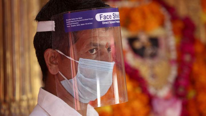 """В Индии выявлено 22 случая заражения штаммом """"Дельта плюс"""""""