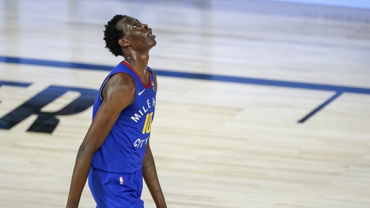 """""""Это опечатка"""". Баскетбольный комментатор отстранен от работы за расистское сообщение"""