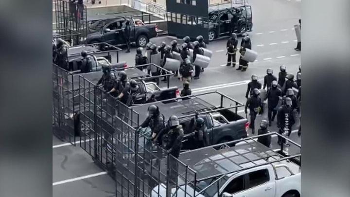 В центре Минска замечены пулеметчики, снайперы и бронетехника