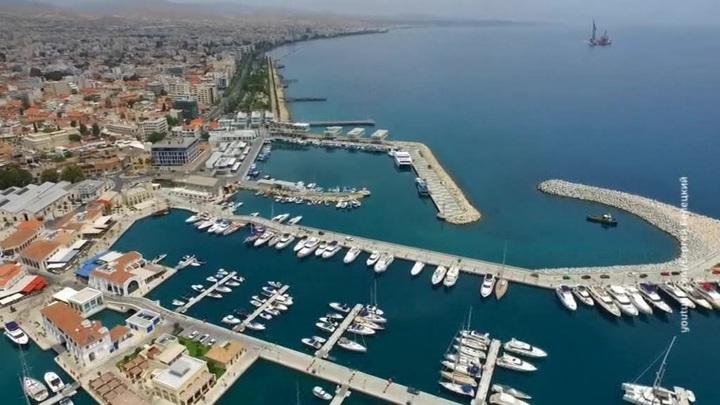 Открытие въезда туристов из России на Кипр отложено до 1 апреля