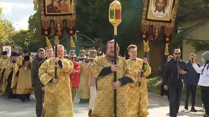 В Москве начался крестный ход с мощами Александра Невского