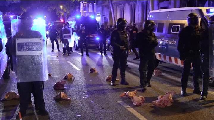 В Барселоне прошли массовые протесты сторонников независимости Каталонии