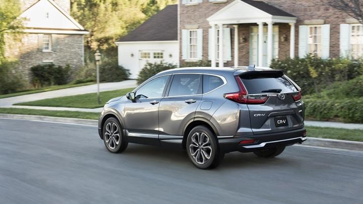 В России стартовали продажи обновленного кроссовера Honda CR-V
