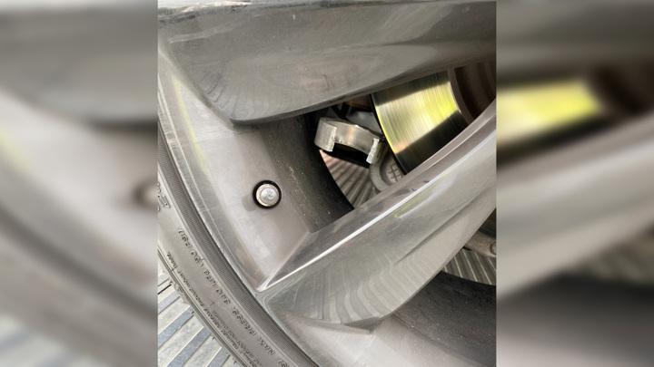 Подвеска Tesla развалилась на скоростном шоссе