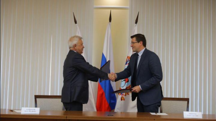 Глеб Никитин и Вагит Алекперов подписали дополнительное соглашение о сотрудничестве