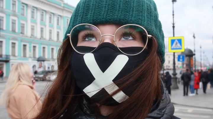Каждый седьмой россиянин высказался за бессрочный масочный режим