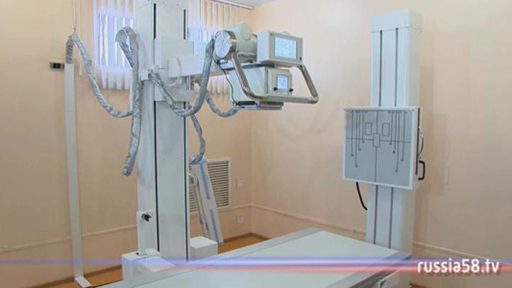 В Пензенском районе руководителя медучреждения обманули при покупке рентгена
