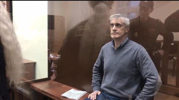 Суд признал Калви виновным в растрате 2,5 млрд рублей
