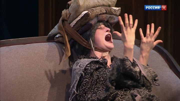 Спектакль «(Не)смешно» — премьера в Театре Табакова