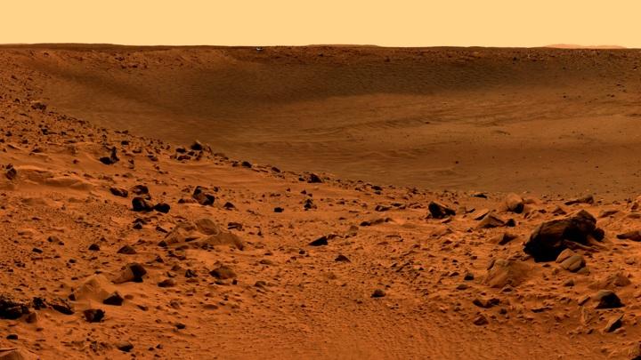 Возможно, поверхность Марса только кажется безжизненной.