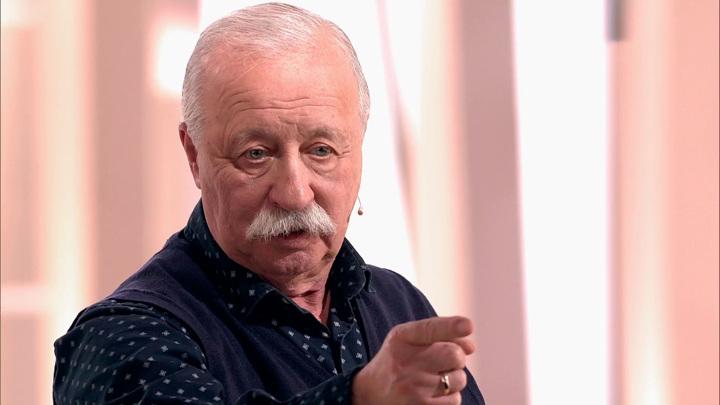 Якубович вспомнил, как продал кепку Лужкова за пять тысяч долларов