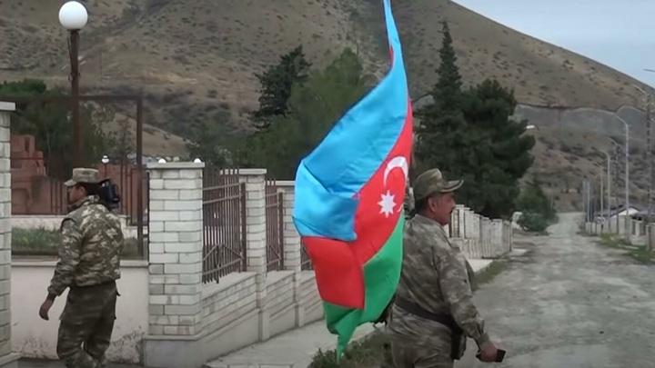 Баку обвинил в обстрелах Ереван