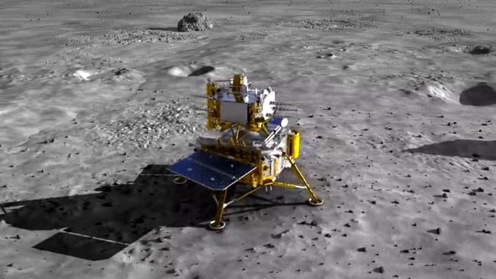 """Китай на Луне: """"Чанъэ-5"""" приступил к сбору грунта"""