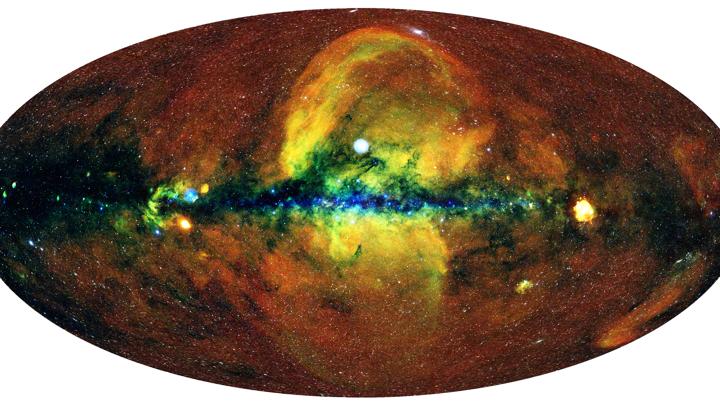 Карта всего неба  в рентгеновских лучах, полученная телескопом eROSITA.