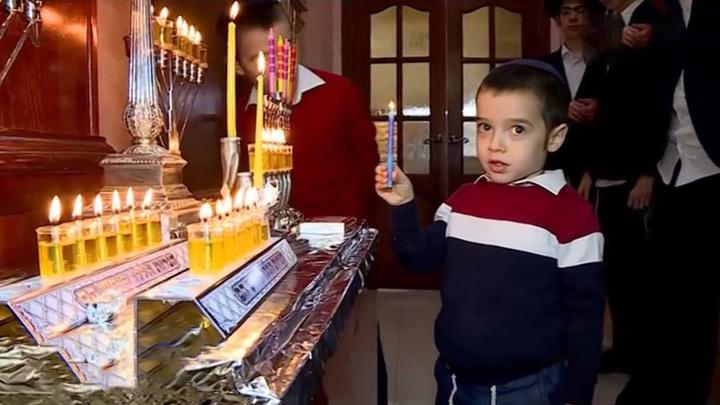 Что такое севивон и зачем детям деньги: нижегородский раввин рассказал о традициях Хануки