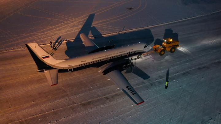 Новейший самолет Ил-114 экстренно приземлился в Подмосковье