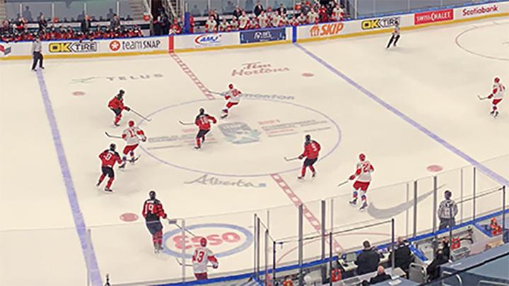 Российская молодежка уступила канадцам в контрольном матче