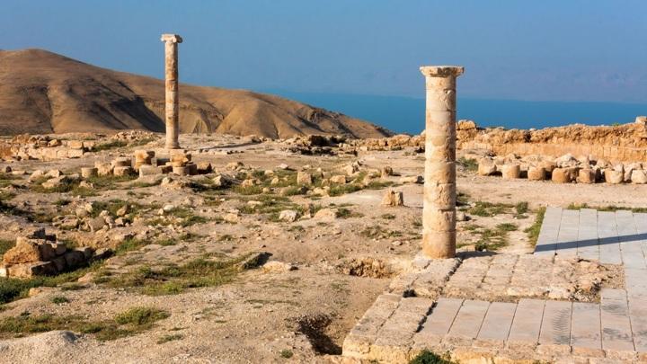 Руины дворца Ирода Антипы, где могли произойти евангельские события.