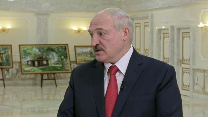 Лукашенко передал привет Порошенко, не послушавшему советы Путина