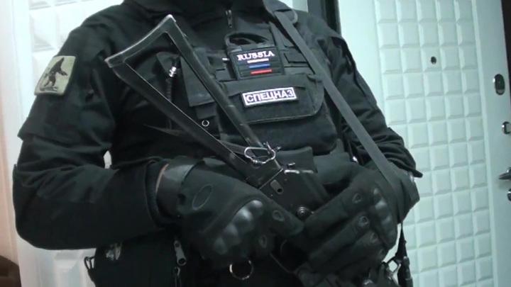 Жителя Санкт-Петербурга подозревают в финансировании террористов