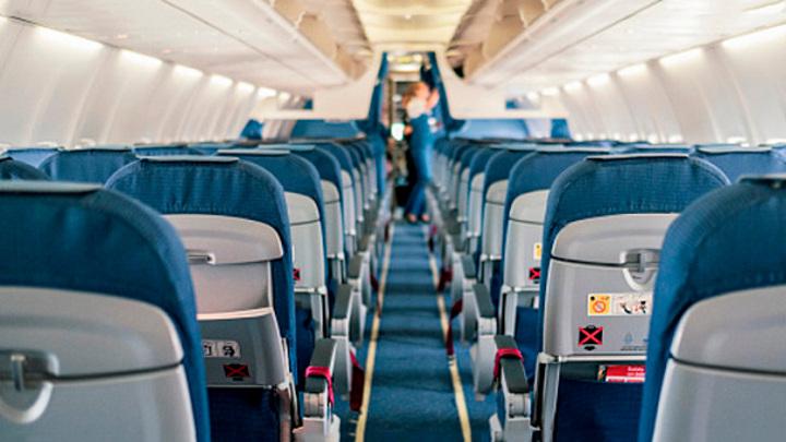 Духота в самолете: как заставить перевозчика отвечать за мучения пассажиров