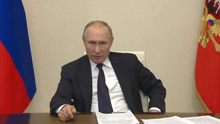 Путин считает, что от коронавируса нужно привить 70 миллионов человек