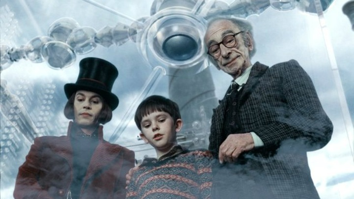 """Кадр из фильма """"Чарли и шоколадная фабрика"""", Warner Bros."""